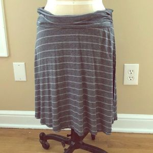 Stretchy striped knit skirt